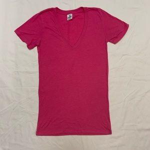 PINK VS V-neck pink tee Small EUC